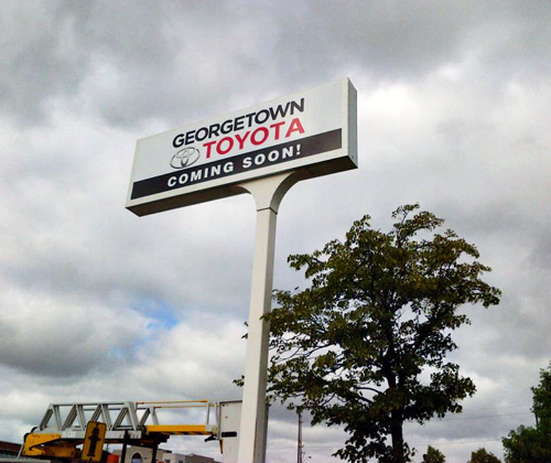Georgetown Toyota High Sign